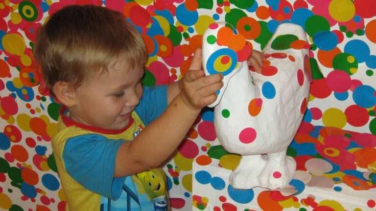 """""""Nos mortifica pensar que niños no han tenido, o no tienen, formación artística"""""""