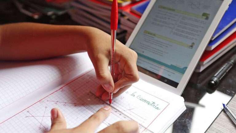 Media: Inscripciones para mesas de examen remotas